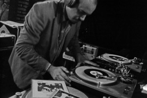 dj-acaro-no-studio-bar-bh-festa-vynil-land-dia-5-de-junho