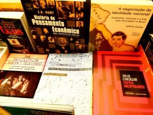 3 livros em geral