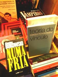 4 livros em geral