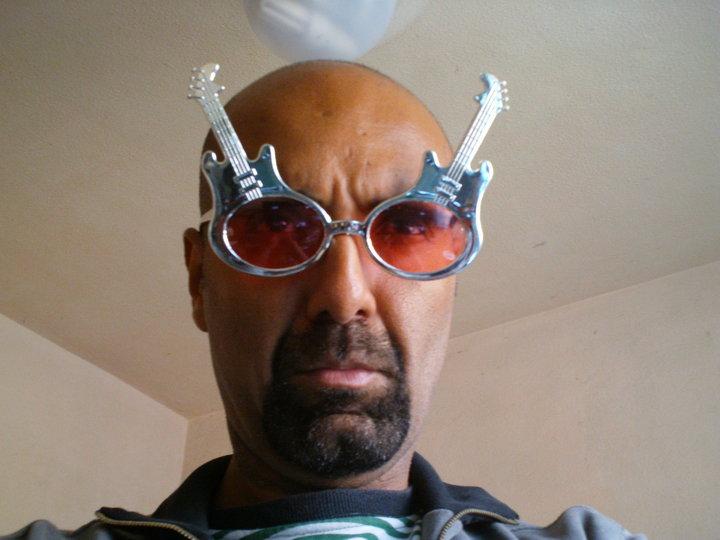 1 Marcio Cesar com oculos
